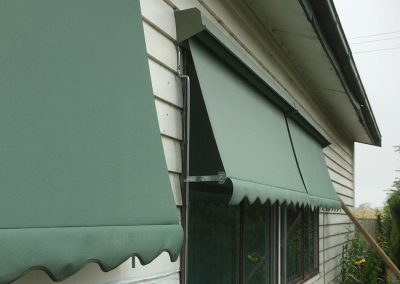 Auto awnings with hooding